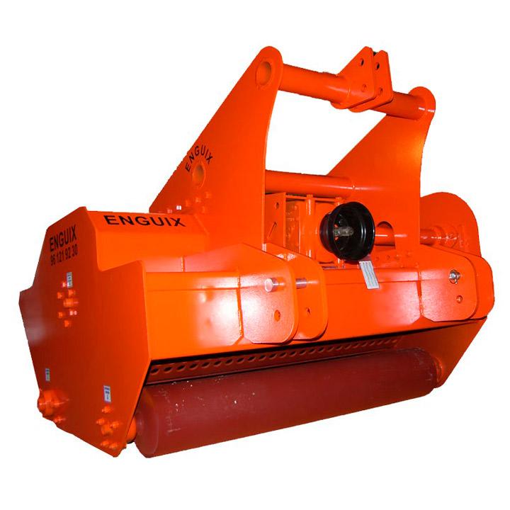 trituradora-alimentada-atras-lenosos-tm-80-160-cv-02